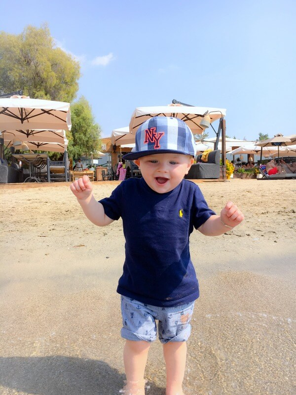 Happy Mum Blog - Mama - Kind Kurztrip nach Athen - Strand