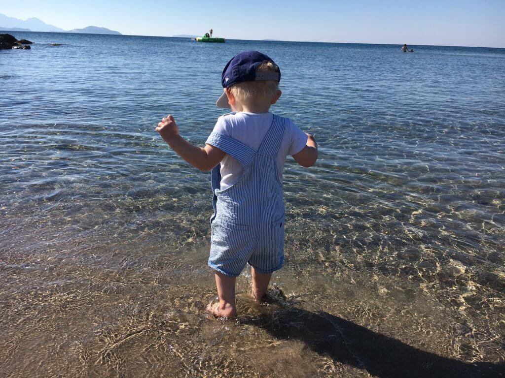 Happy Mum Blog - Familienferien Robinscon Club Kos - M am Strand