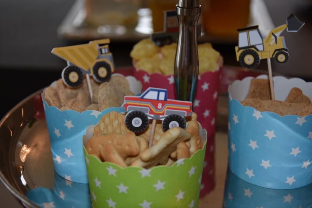 Happy Mum Blog - Inspiration Kindergeburtstag Demo Baustellenfahrzeuge - Knabereien