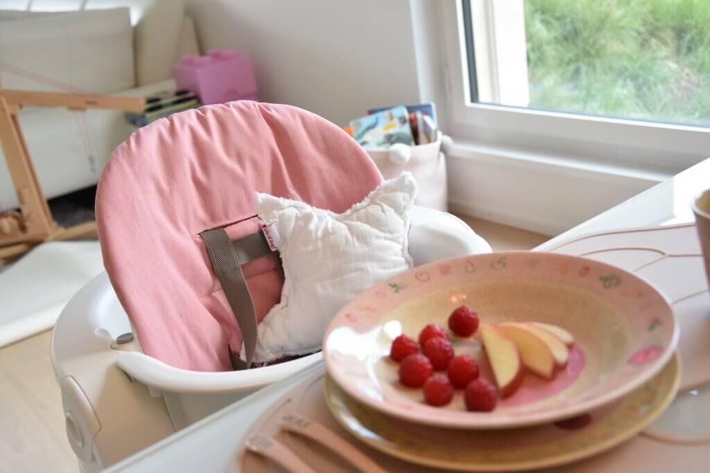 der stokke steps hochstuhl berzeugt in design und funktionalit t. Black Bedroom Furniture Sets. Home Design Ideas