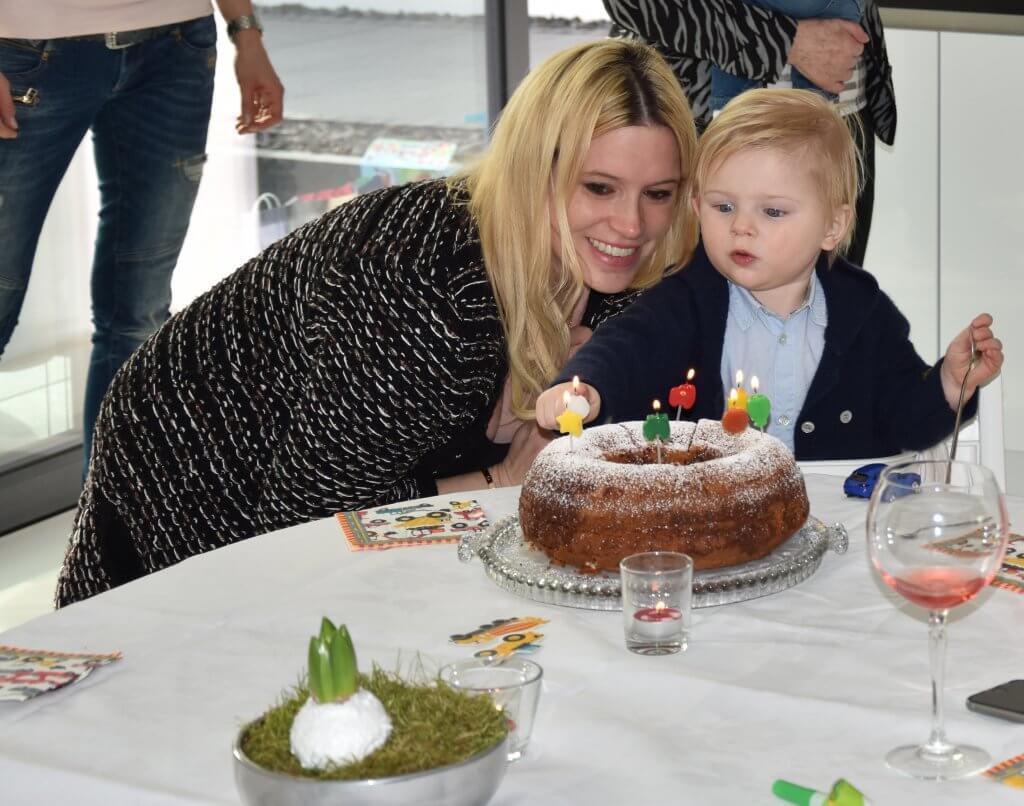 Happy Mum Blog - Inspiration Kindergeburtstag Demo Baustellenfahrzeuge - us