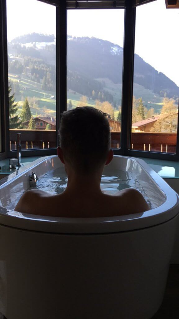 Happy Mum Blog - Ostern in Gstaad - Badewanne